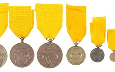 Small collection bronze 'Trouwe Dienst' medals, consisting of four medals...