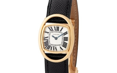 Cartier Paris. Attractive Squarish-Shape Wristwatch in Yellow Gold, With Silver Roman Numbers Dial and Certificate from Cartier
