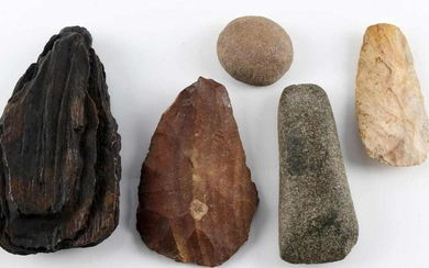 LOT OF NATIVE AMERICAN ARTIFACT & MAMMOTH TOOTH