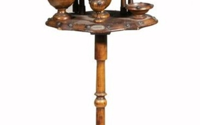 WOODEN SMOKING STAND
