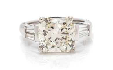 A White Gold And Diamond Ring, 3.80 Dwts.
