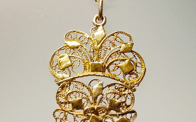 FILIGREE PENDANT ANTIQUE GOLD PLATED SILVER + CHAIN.
