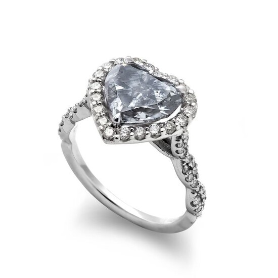 18 kt. White gold - Ring - 3.03 ct Diamond - (3.59 ct Total Diamond Weight) - No Reserve Price