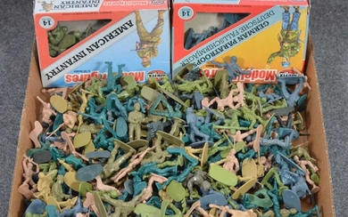 A large tray of loose and box plastic Airfix and other toy soldiers.