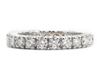 NOT SOLD. A diamond eternity ring set with numerous brilliant-cut diamonds weiging a total of app. 1.78 ct., mounted in 18k white gold. G-H/VS-SI. Size 53.5. – Bruun Rasmussen Auctioneers of Fine Art