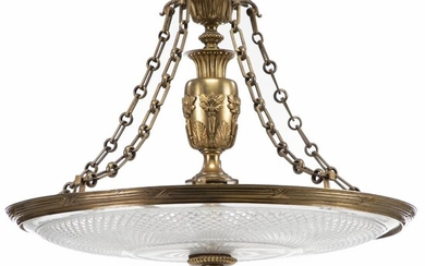 A large Empire style gilt bronze lamp with large dish of cut- glass, mounted for electricity. Late 19th century. H. 65 cm. Diam. 81 cm. – Bruun Rasmussen Auctioneers of Fine Art
