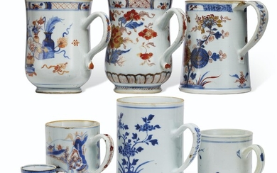 A GROUP OF SEVEN 'CHINESE IMARI' AND BLUE AND WHITE MUGS
