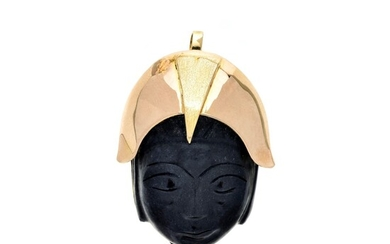 'Oriental Mask' pendant brooch in yellow gold and black stone