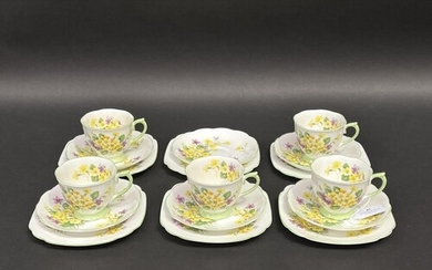 Royal Albert Primulette cups, saucers and plates for 5 plus ...
