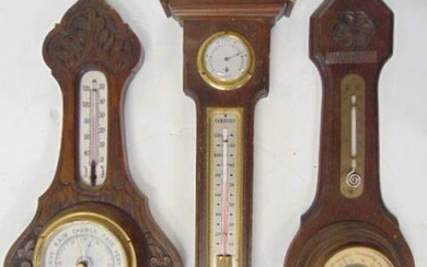 3 Wooden Aneroid Barometer and Thermometer, Carved, 1)