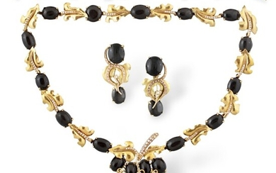 DIAMOND, EYE OF CAT AND GOLD PARURE