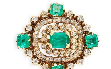 AN ANTIQUE EMERALD AND DIAMOND BROOCH in 18ct yellow