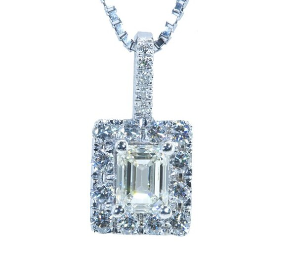 GIA CERTIFICATE- NO RESERVE ---- - 18 kt. White gold - Necklace with pendant - 0.51 ct Diamonds - Diamonds
