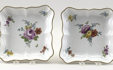 PAIR OF WILLIAM COOKWORTHY PLYMOUTH PORCELAIN DISHES