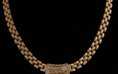 Yellow gold necklace, 750/000, with diamonds. Gold
