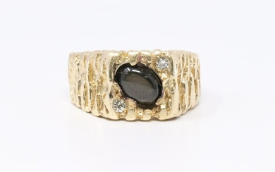 14Kt Men's Diamond and Grey Cabochon stone Ring