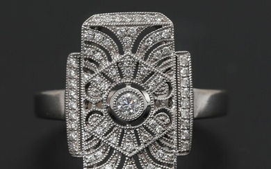 A diamond ring set with numerous brilliant-cut diamonds weighing a total of app. 0.34 ct., mounted in 18k white gold. F-G/VS-SI. Size 58. – Bruun Rasmussen Auctioneers of Fine Art