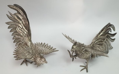 A pair of fighting cockerels - .925 silver - Europe - Second half 20th century