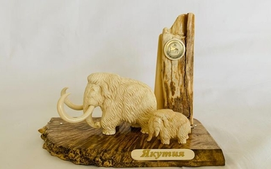 Woolly Mammoth Tusk - hand-carved Mammoth figurines - Yakutia, Siberia - with Certificate of Authenticity - Mammuthus primigenius - 14×9.5×18.5 cm