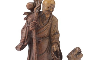 A CHINESE SOAPSTONE GROUP DEPICTING LAO SHOUXING. 20TH CENTURY.