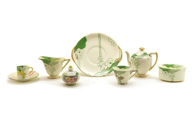 A collection of Royal Doulton Glamis pattern teawares