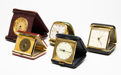 Mixed lot of travel alarm clock, Europe, Junghans, artificial leather, brass (5).