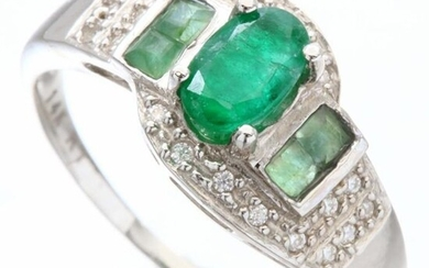 14 kt. White gold - Ring - 0.68 ct Emerald - Emeralds
