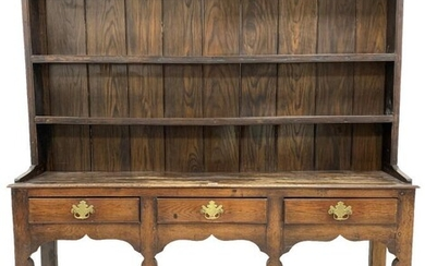 18th century and later oak dresser, two height plate...