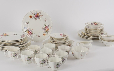 A Royal Crown Derby china mixed part service