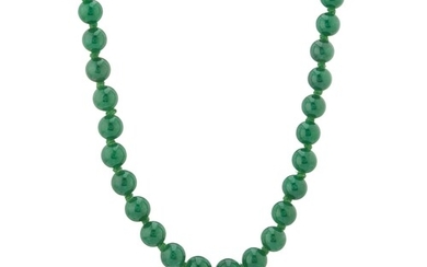 A natural jadeite jade graduated bead necklace, with 9ct gol...