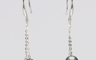 No reserve price - 8x9mm Peacock Tahitian Pearl Drops - 925 Silver - Earrings