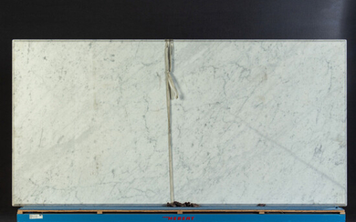 Table top, marble.