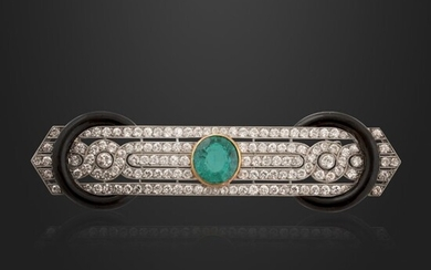 COLOMBIA EMERALD, DIAMOND, GOLD AND PLATINUM BROOCH