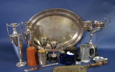 A mixed collection of various silver plated items comprising...