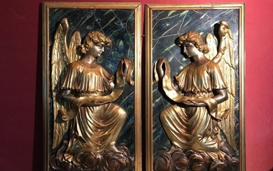 High relief sculptures: Angels (2) - Louis XVI - Gilt, Lacquer, Wood - Late 18th century