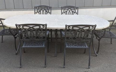 6 Outdoor Cast Aluminum Dining Chairs & Table