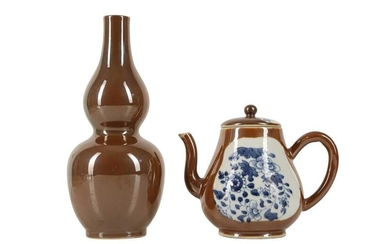 A CHINESE CAFE-AU-LAIT TEAPOT AND COVER AND A DOUBLE GOURD VASE.