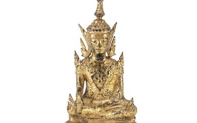 A THAI GILDED BRONZE SCULPTURE OF BUDDHA EARLY 20TH CENTURY.