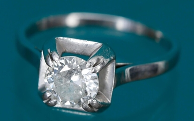 Solitaire ring In 18K (750‰) white gold and platinum set...