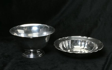 Two Sterling Silver Bowls (952g)