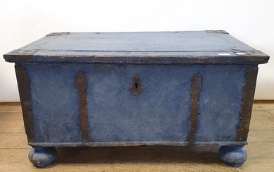 A Swedish painted trunk, with cast metal mounts, 83 cm wide