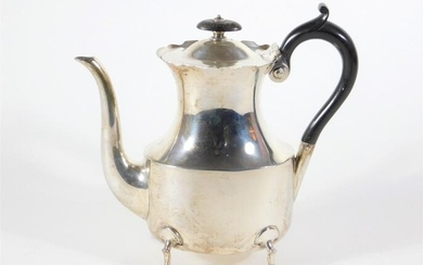 A late Victorian silver coffee pot, with everted wavey...