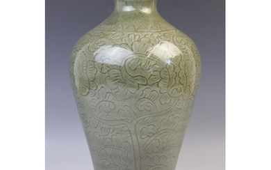 A Chinese Longuan celadon vase, Ming dynasty style, of inver...