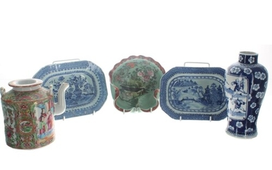 Collection of assorted Chinese export porcelain to include f...