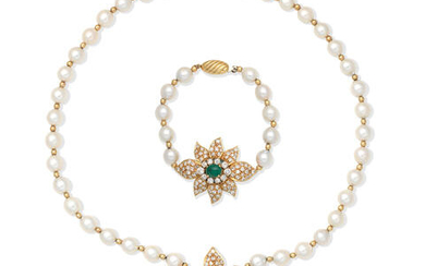 EMERALD, DIAMOND AND CULTURED PEARL NECKLACE AND BRACELET SUITE