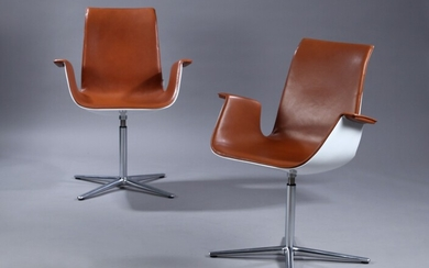 Preben Fabricius & Jørgen Kastholm. A pair of 'Tulip' lounge chairs, cognac-coloured anilin leather. (2)