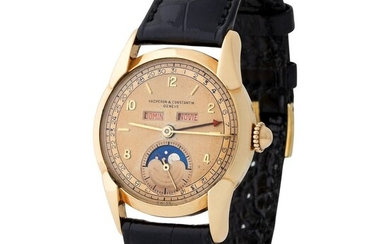 Vacheron Constantin. Very Elegant and Rare Triple Calendar Wristwatch in Yellow Gold, Reference 4462, With Moon Phases