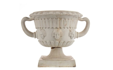AN EARLY 20TH CENTURY PARIAN WARE PLANTER