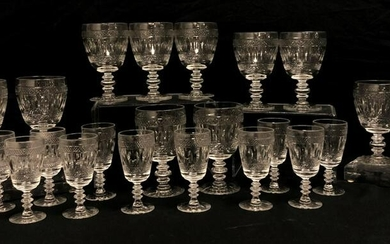 ANTIQUE CUT CRYSTAL STEMWARE: 22 PCS