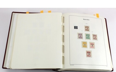 Australia 1913-1986 collection in Lighthouse Album, mainly m...